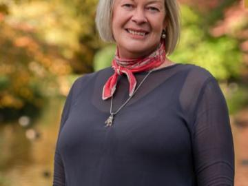Sarah Barr